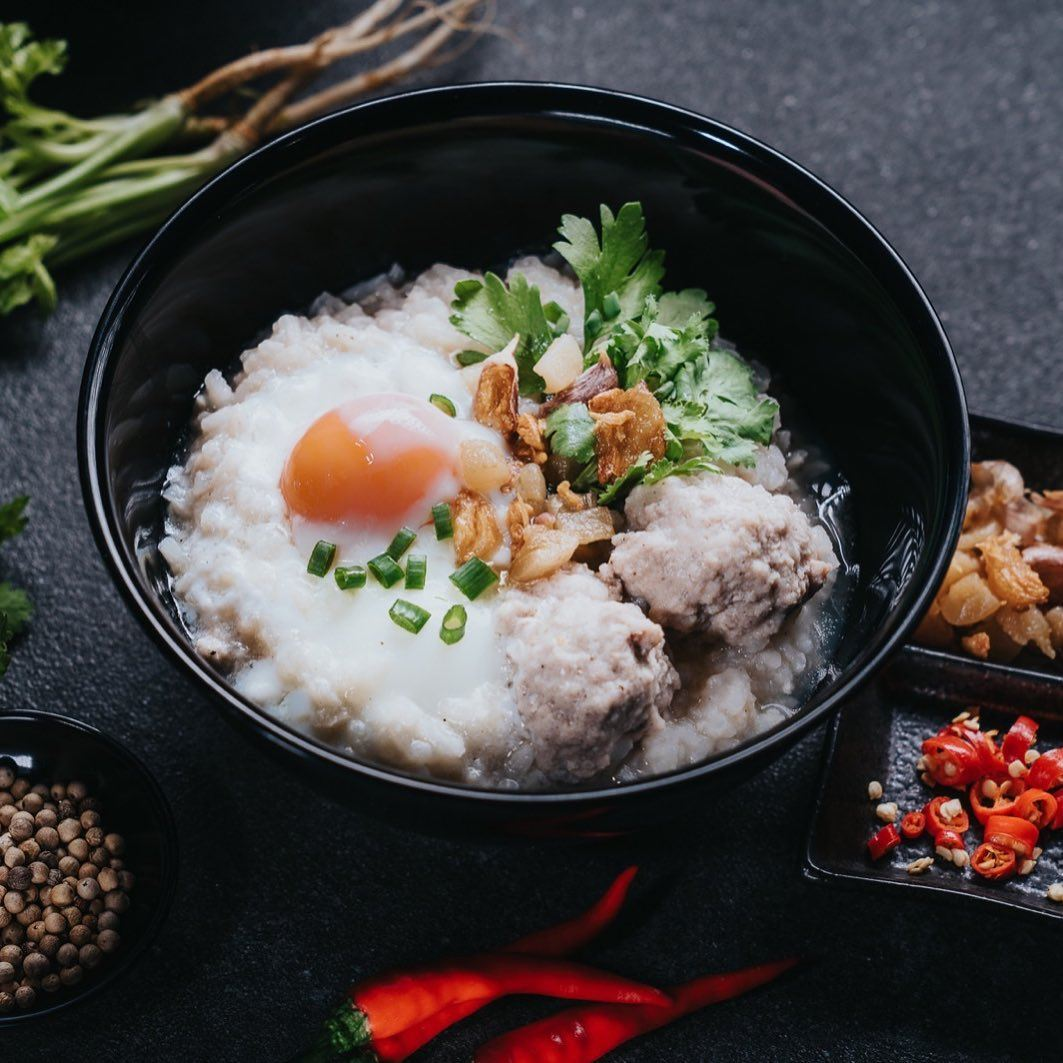 moo station thai porridge