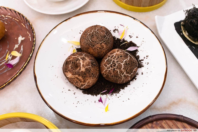 Steam Yam Ball Stuffed with Coconut Cream and Mushroom Bun
