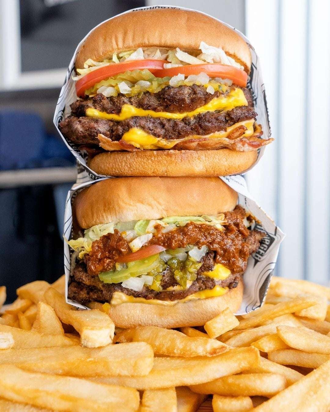 fat burger century square