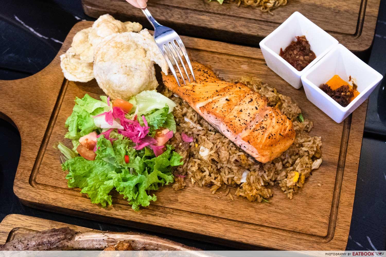daun bistro - salmon crazy fried rice