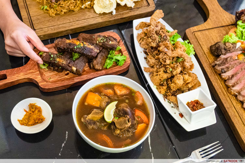 daun bistro - soup buntut, chick & skin, bali ribs