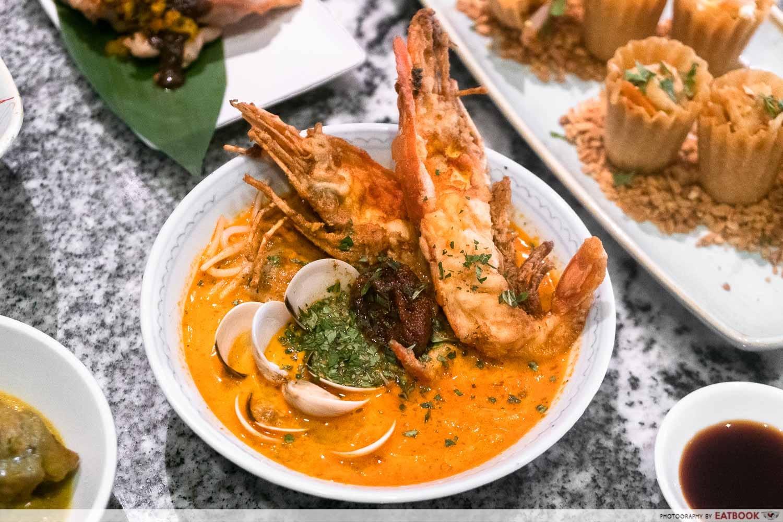 singapore laksa with river prawn at ellenborough