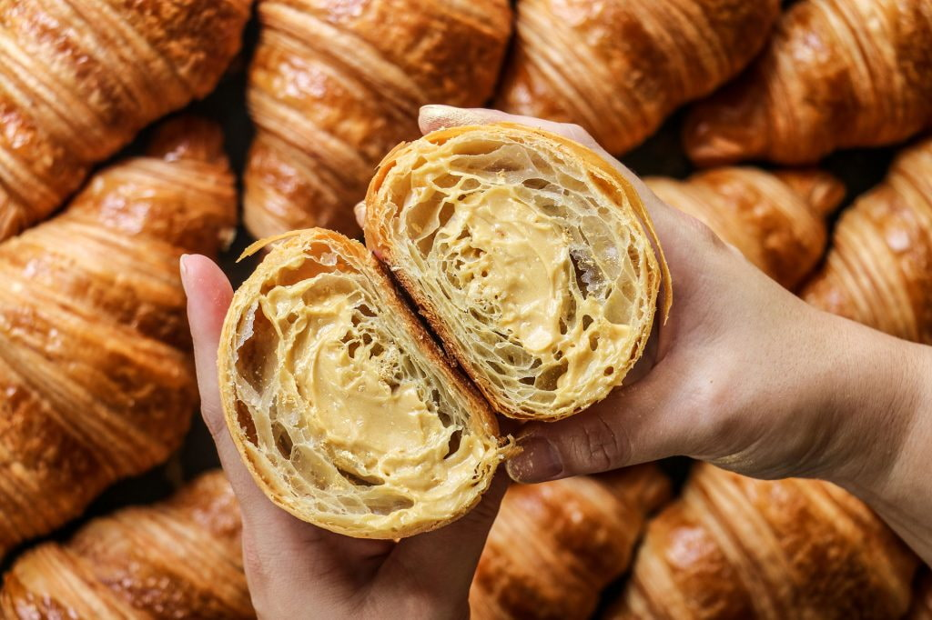 tiong bahru bakery - golden croissant