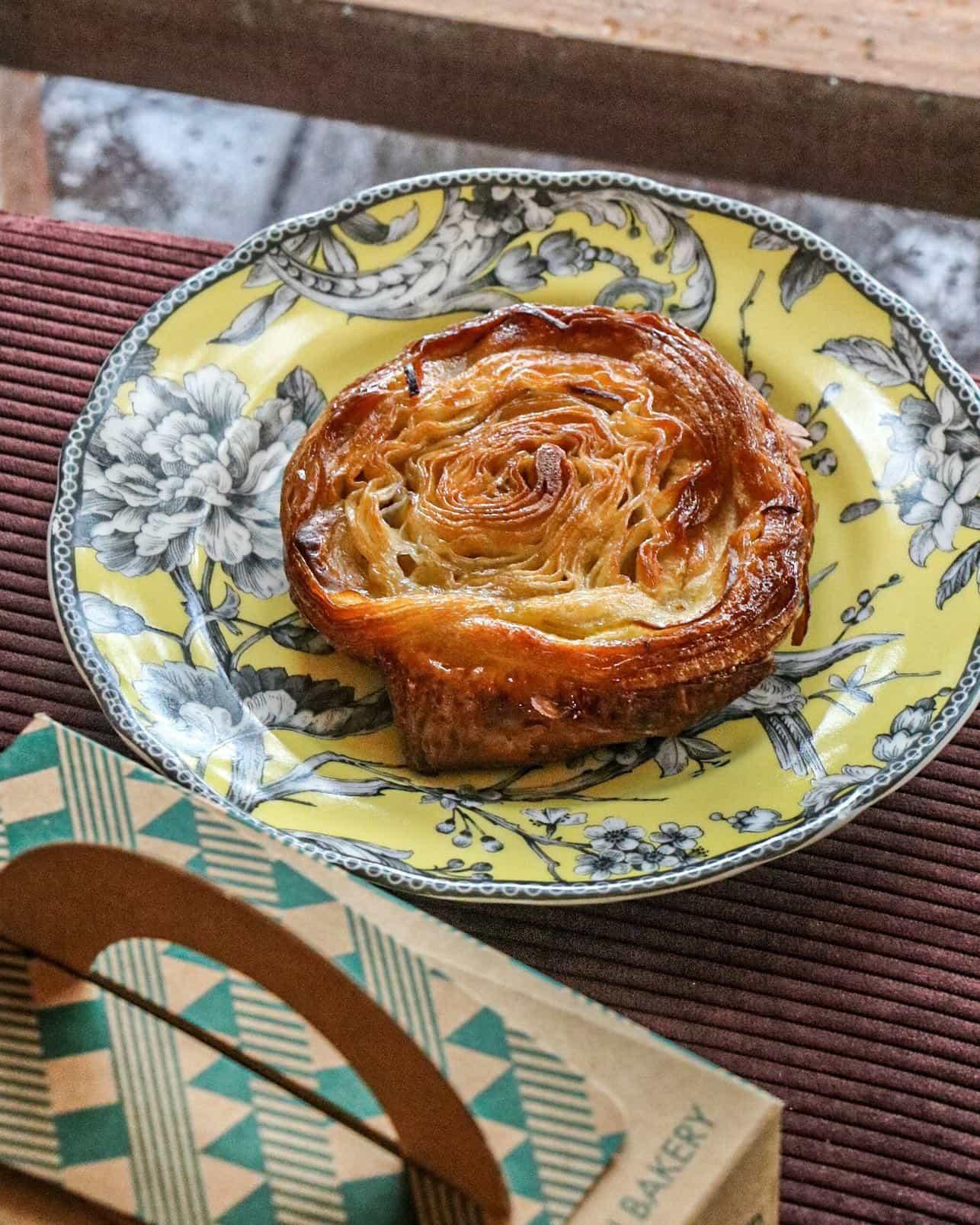 tiong bahru bakery - kouign amann